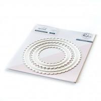 Pinkfresh Studio - Essentials: Stitched Scallop Circle Dies